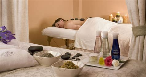 De-stress with Laconia, NH Massages - Lake Ochepee Inn and Spa
