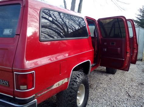 1990 Chevy and GMC Suburbans Fire Red Paint Color