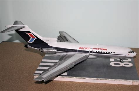 Pacific Western Airlines (PWA) Boeing 727-100 - Playfix 1